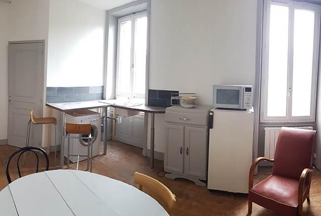Location studio pas cher lyon roanne e studios for Location studio pas cher
